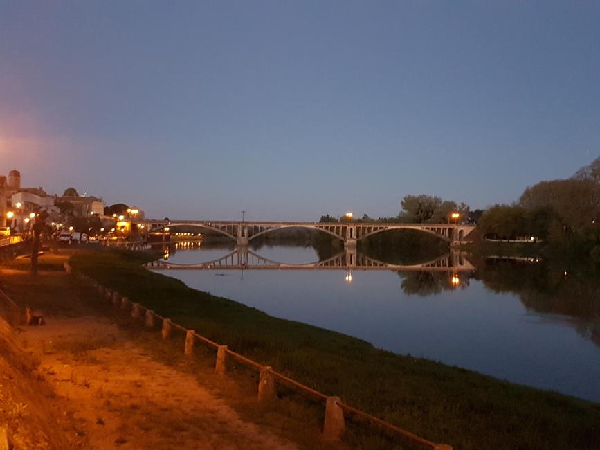 L'Aviron Clermont Aydat, la pelle de la Dordogne